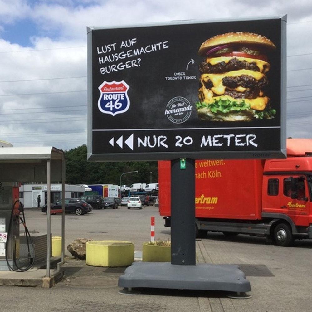 Kampagne Route 46 trotter billboard aussenwerbung 1000x1000