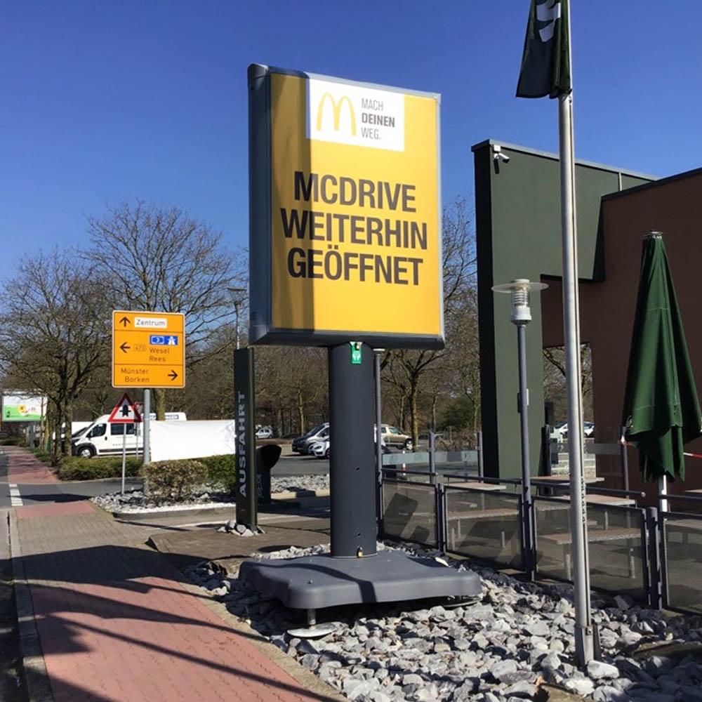 Kampagne Wolfgang Hahne mcdonalds trotter billboards aussenwerbung werbeflache 1000x1000