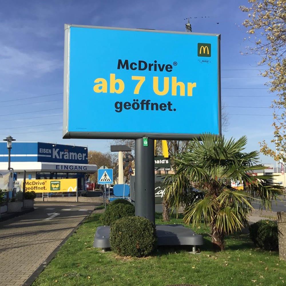 Markus Weber Kampagne Trotter Aussenwerbung werbeflache 1000x1000