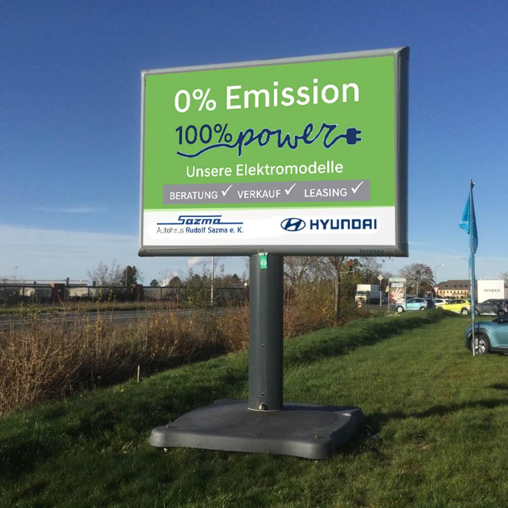 Kampagne autohaus sazma zero emission trotter aussenwerbung werbeflache 1000x1000