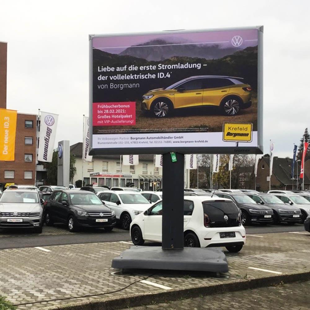 Kampagne ID.4 autohaus Borgmann Trotter billboard aussenwerbung werbeflache 1000x1000